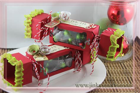 12 Days Of Christmas Craft Tutorials (third Edition Wine Accessories For Kitchen Red Sets Kitchener Storage Units Cross Small Ideas Modern Industrial Country Vintage Green Table With