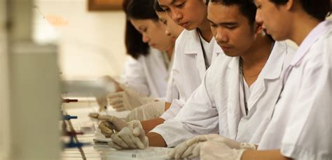 A Cytotechnologist Studies College Of Medical Technology Manila Central University