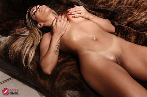verônica araújo covers sexy magazine nsfw bootymotiontv