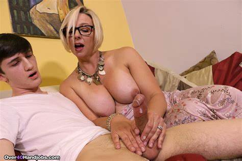 Older Stepmom Thick Male Battler Archie Getting Milked By Step Hooker Brianna