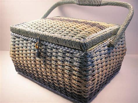vintage sewing basket belding corticelli  vintageandparadise