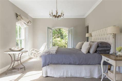 position du lit dans la chambre feng shui chambre comment créer une chambre à coucher idéale