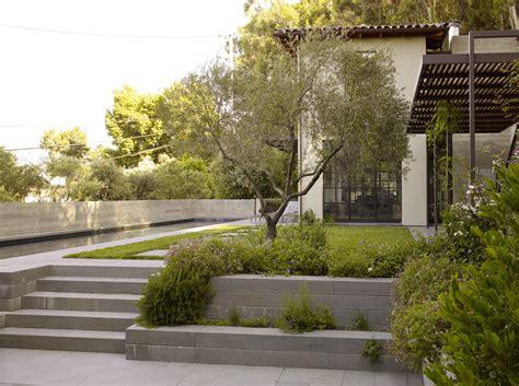 modern garden entrance http lomets