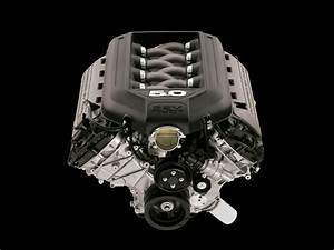 2011 Ford Mustang GT - Engine - 1280x960 - Wallpaper