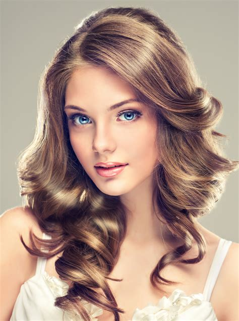 Beautiful Hairstyles For by 10 Beautiful Haircuts That Ll Make You Want To Grab Your