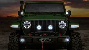 2018 Jeep Wrangler Unlimited Rubicon Moparized 2 Wallpaper