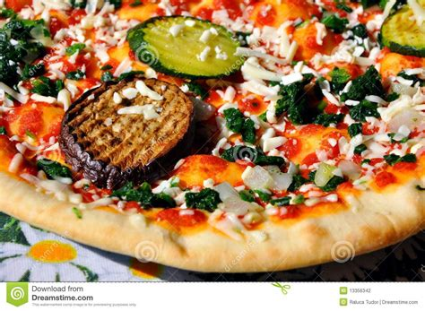 cuisine traditionnelle italienne pizza traditionnelle italienne photographie stock image