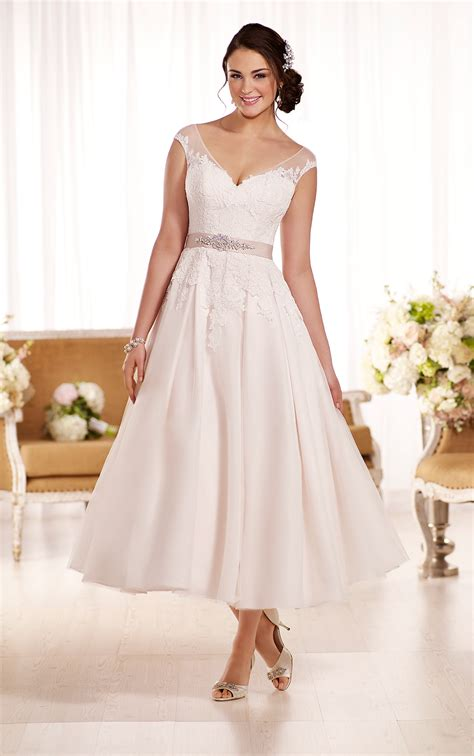 Short Wedding Dress Wedding Dresses Essense Of Australia