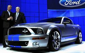 Automotive Legend Carroll Shelby Dies at 89 -- 1923-2012 - Motor Trend News