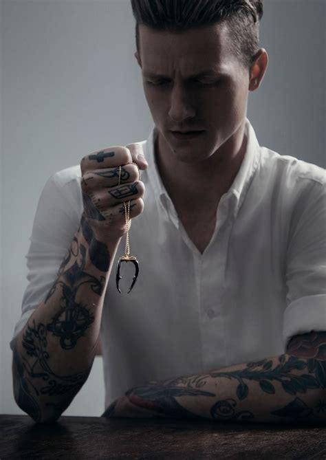 man  tattoos  necklace tattoomagz tattoo