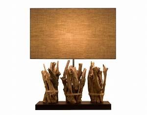Lampe Bois Design : lampe de salon originale en bois recycl pour une d co colo ~ Teatrodelosmanantiales.com Idées de Décoration