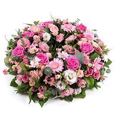 wreaths flowers inverness  flower company florist