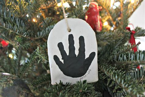 diy flour salt handprint christmas ornament