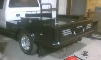 custom beds hook em welding