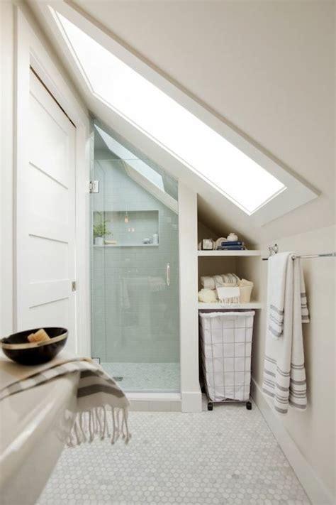 moderne bodenbel 228 ge in wei 223 f 252 r ihr wohnliches zuhause badezimmer badezimmer dachgeschoss