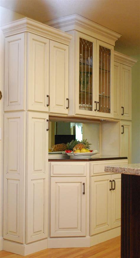 waypoint living spaces style   maple hazelnut glaze