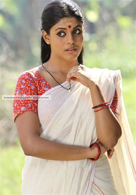 indian hq tamil iniya navel show in lungi blouse