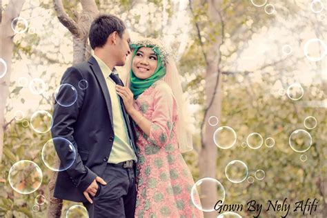gaun bunga  pre wedding photoshoot