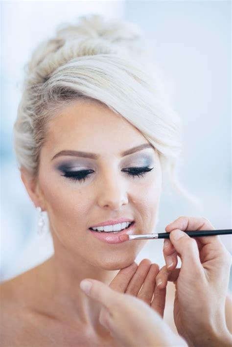 30 Beautiful Spring Wedding Makeup Ideas Weddingomania