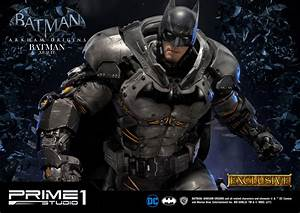 Batman Arkham Origins Statue Batman XE Suit & Batman XE ...