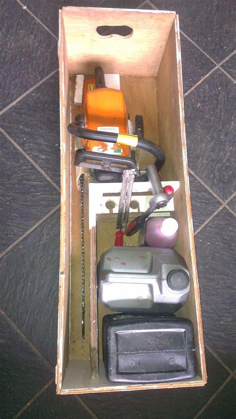 box   chain  somethingimade chainsaw work