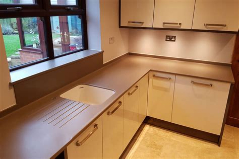 b q country style kitchen algarve composites northton solid surface products 4218
