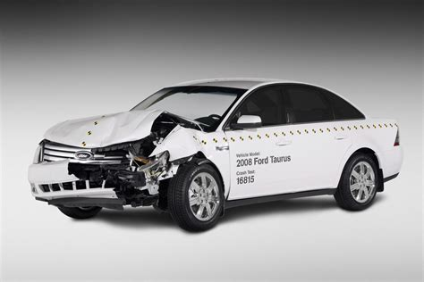 crash test si鑒e auto ford taurus crash test car photo gallery autoblog