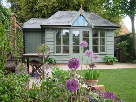 Summer Houses, Garden Offices, Garden Rooms And Garden Studios
