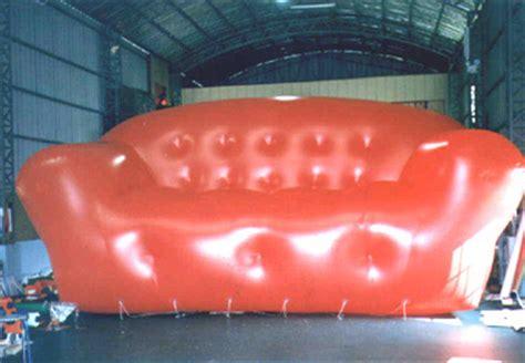 custom shaped inflatables parade balloons