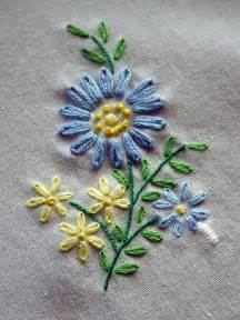 Curtain Stitching Patterns by A Simple Embroidery Piece With Lazy Daisy Stitches French