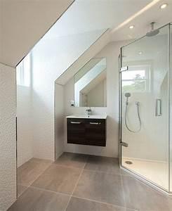 salle de bains combles latest salle de bains sous les With meuble pour piece mansardee