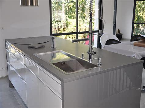 plan de travail cuisine inox intérieur granit plan de travail en quartz unistone grigio