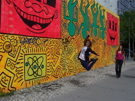 keith haring mural nyc jumping in museums june 2012