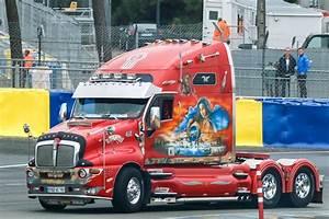 Custom Trucks Pictures - Free Big Rig & Show Semi Truck ...