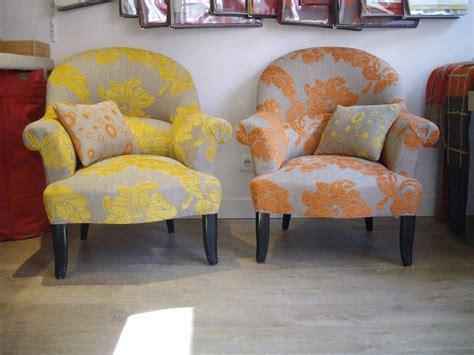le tissu des fauteuils crapauds coin bureau fauteuil crapaud les tissus et