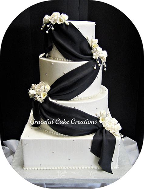 black and white wedding cake cakechannel world of cakes 09 01 2012 10 01 2012