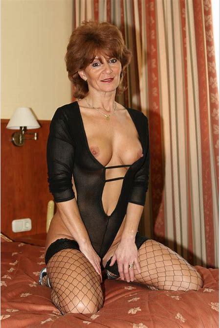 60 plus matures nude pictures