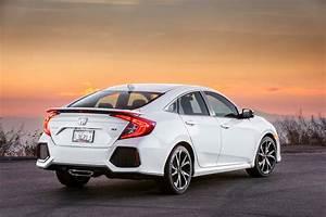Honda Civic Si : 2017 honda civic si sedan first test review motor trend ~ Medecine-chirurgie-esthetiques.com Avis de Voitures