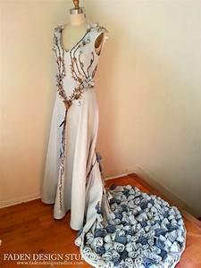 Margaery Tyrell's Wedding Gown - The Purple Wedding ...