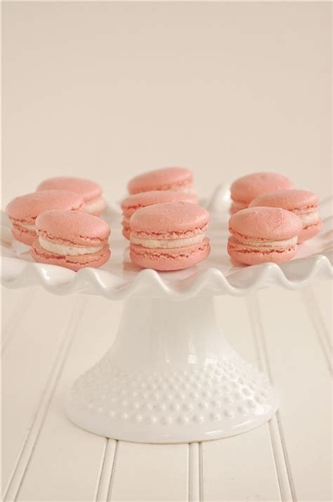 how to make macaroons 1000 images about macaroons y alfajores on pinterest pistachios humble pie and almond macaroons