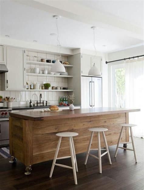 comptoir de cuisine en bois le comptoir en bois recyclé est une tendance à adopter