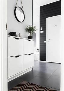 les 25 meilleures idees de la categorie meuble chaussure With meuble etagere avec porte 7 meubles et idees deco couloir et entree de style cottage