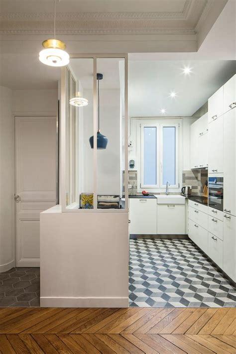 cuisine moderne focus sur une cuisine semi ouverte avec