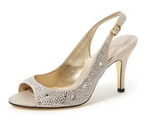 jeweled wedding shoes beautifully accented rhinestone wedding shoes