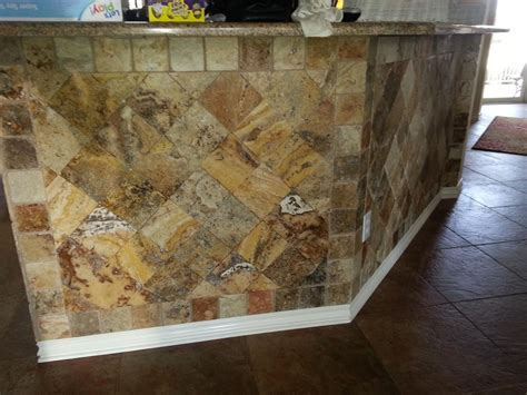 valencia scabos travertine tile 39 best scabos travertine images on bathroom