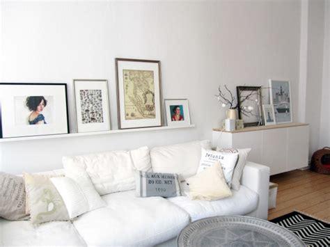 Das Sofa Und Sein Drumherum