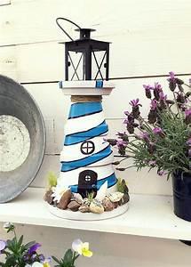Leuchtturm Für Den Garten : die besten 17 ideen zu leuchtturm basteln auf pinterest leuchtturm kaufen plastiktiere und ~ Frokenaadalensverden.com Haus und Dekorationen