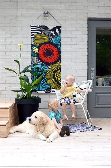 DIY Outdoor Hanging Art