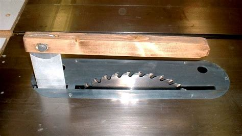 table saw splitters and blade covers how to make your own table saw splitter blade guard