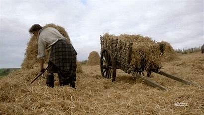 Kilt Jamie Outlander Wearing Why Season Isn